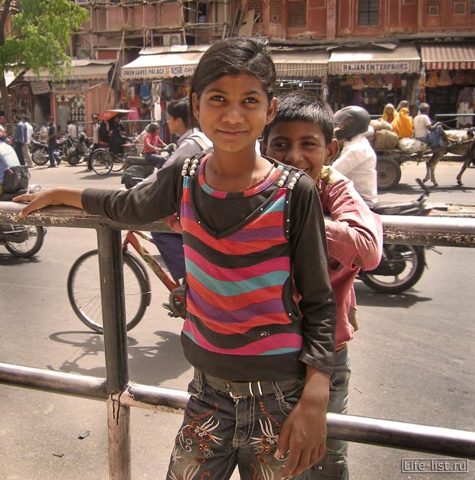 Индийская девочка в Джайпуре