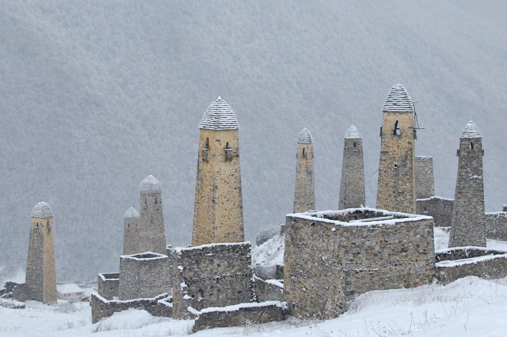 Эрзи в Ингушетии боевые башни фото Виталий Караван