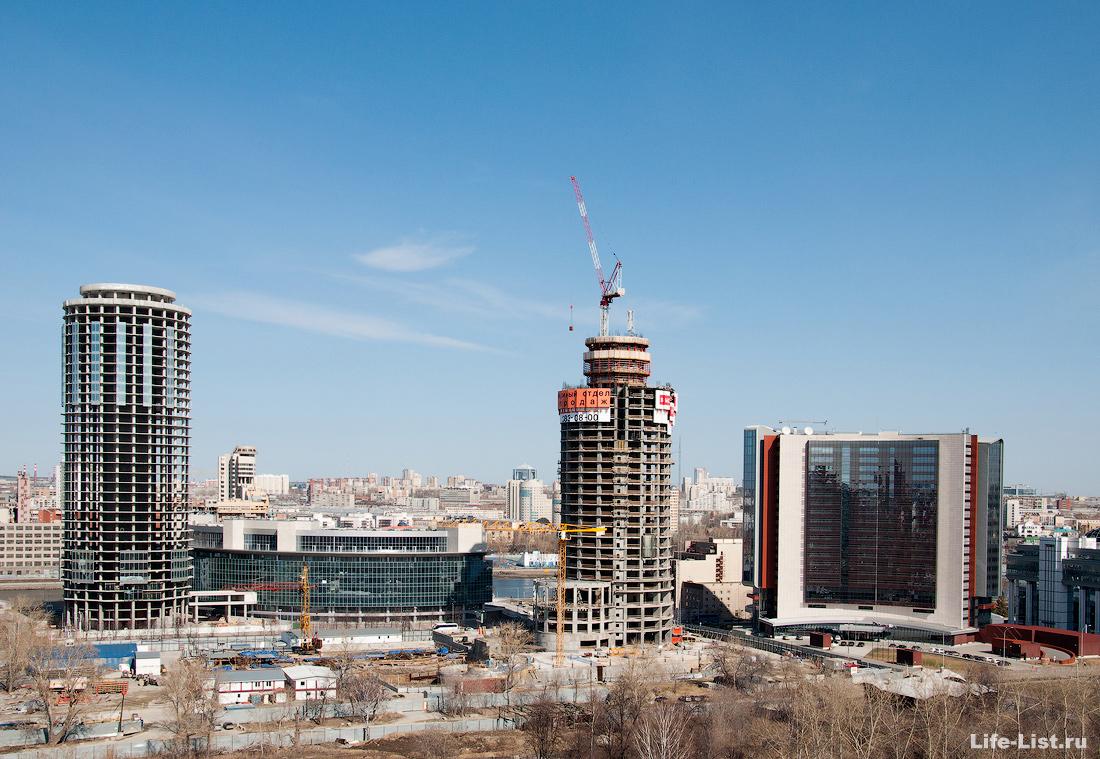 апрель 2013 этапы строительства башни Исеть в Екатеринбурге фото Виталий Караван