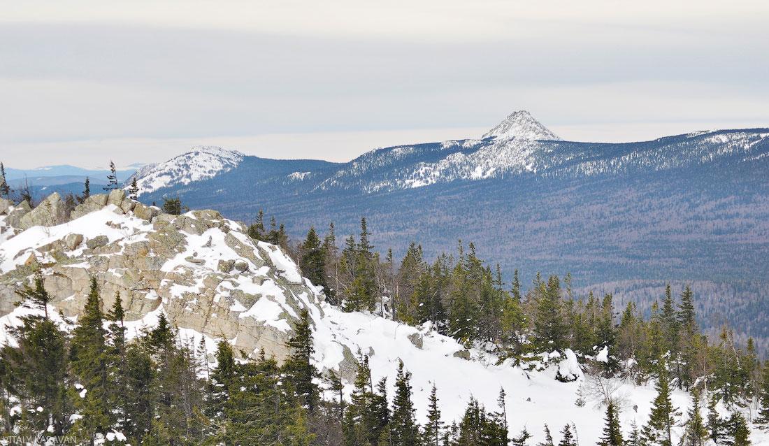 зимний Таганай с вершины горы Ицыл