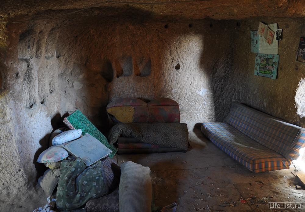 Заброшенное жилище в Каппадокии