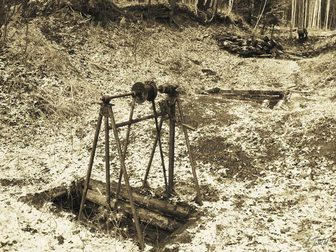 старое фото кацина яма средний урал