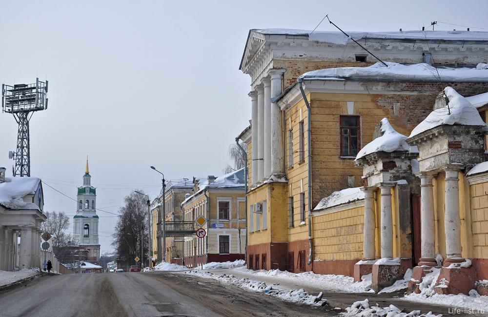 Арка старого дома в Кирове