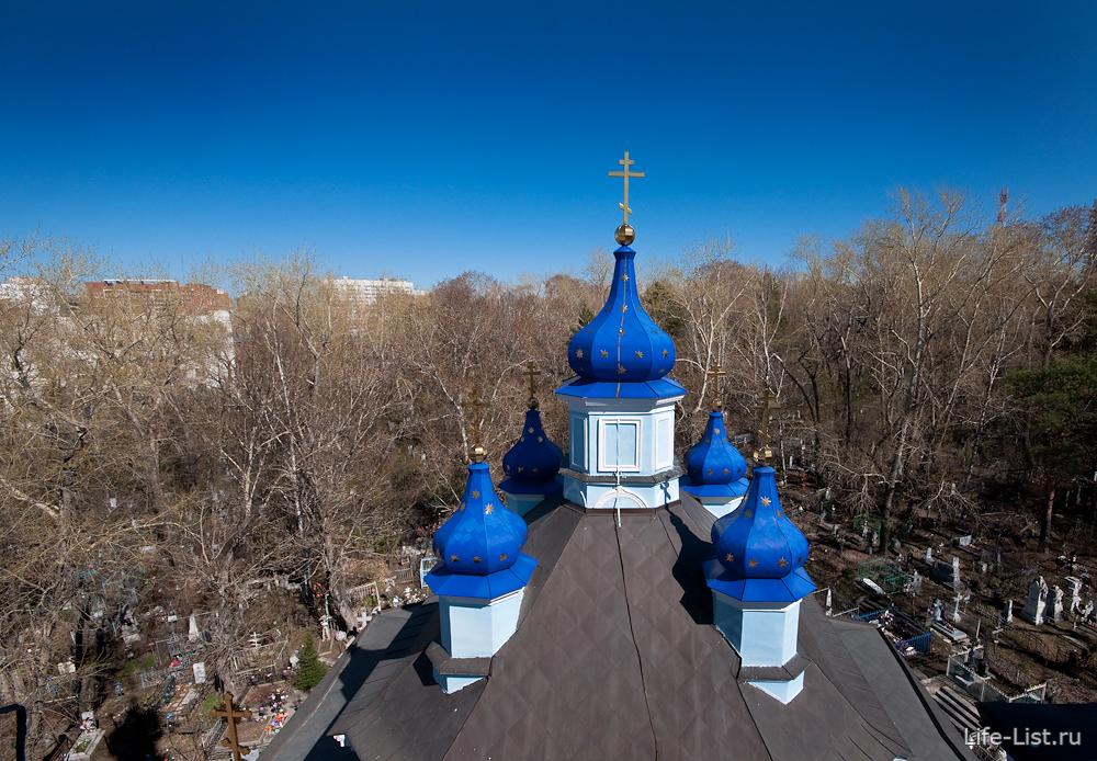 вид с колокольни кафедрального собора на Репина Екб