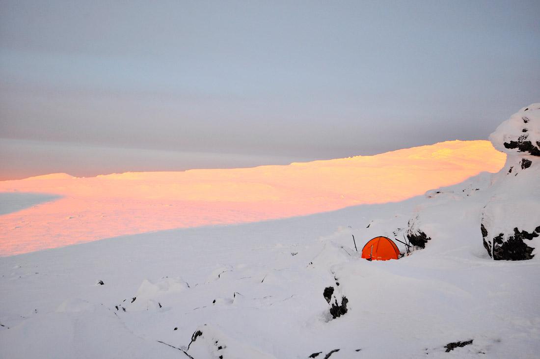 Палатка ночевка на Конжаке поход