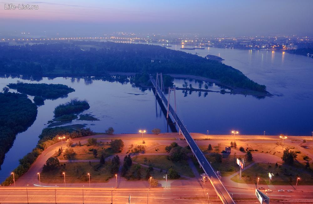 вантовый пешеходный мост в Красноярске фото с высоты