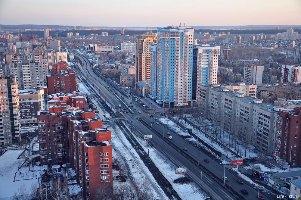 Улица Московская в Екатеринбурге