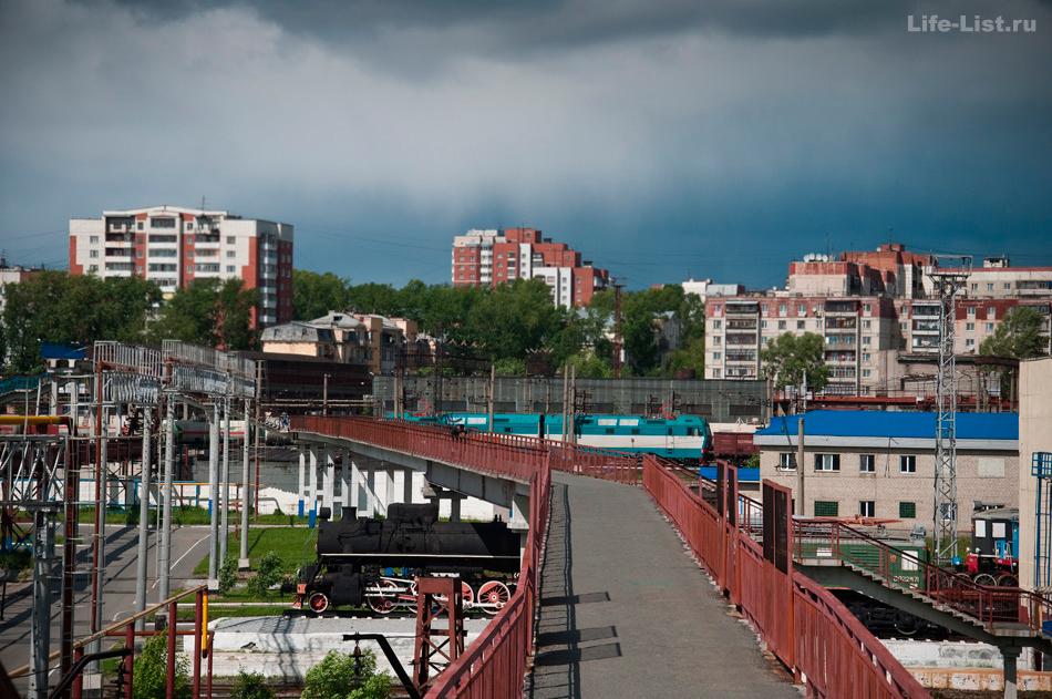 самый длинный пешеходный мост в Екатеринбурге