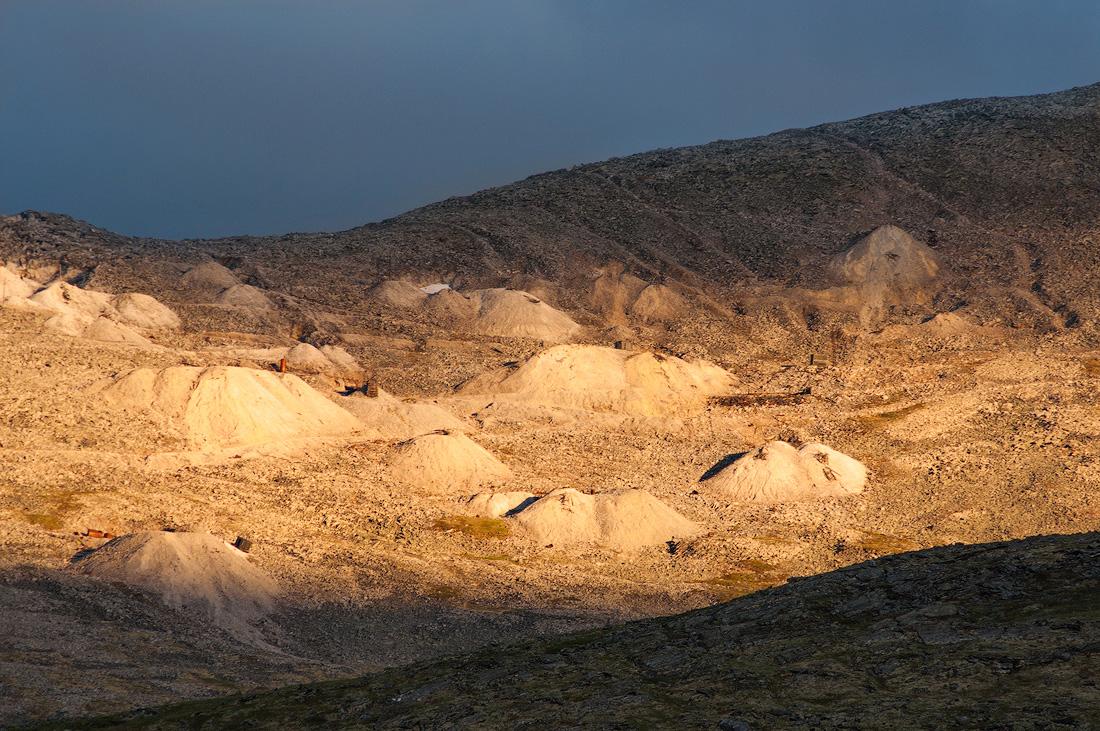 Гора Баркова отвалы месторождения Кварца Желанное