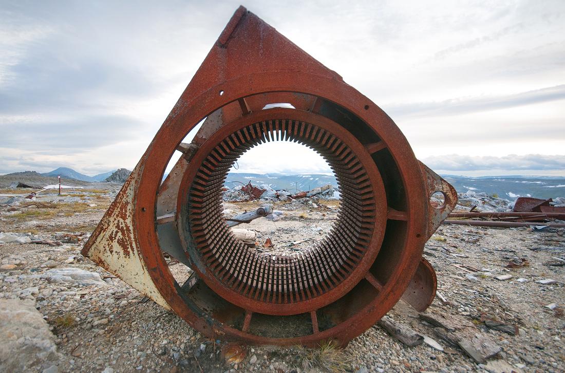Железо на месторождении кварца на горе Баркова национальный парк Югыд Ва