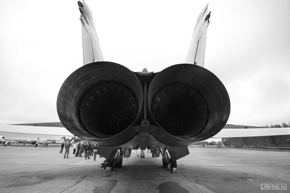 задняя часть миг-31 турбины фото