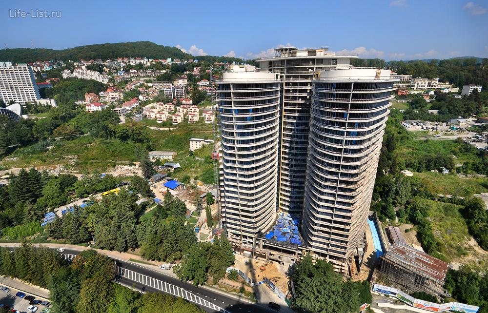 Строящийся дом-курорт Сан-Сити фото Виталий Караван