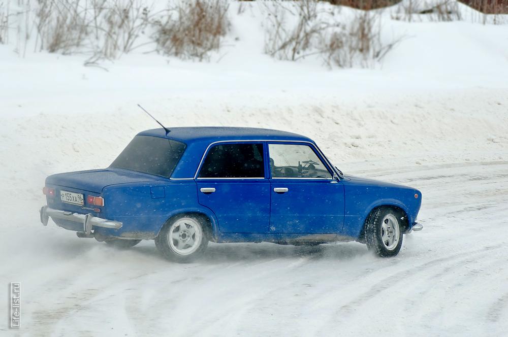 синяя копейка на зимнем спринте экстрим на авто Березовский