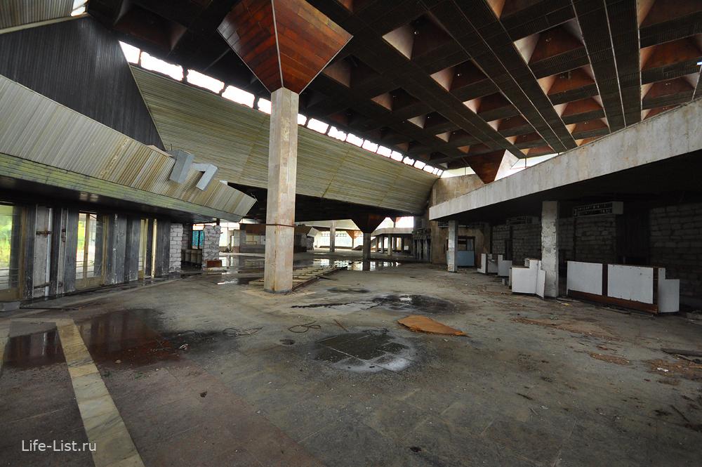 аэропорт Бабушара Сухум заброшенный терминал зал