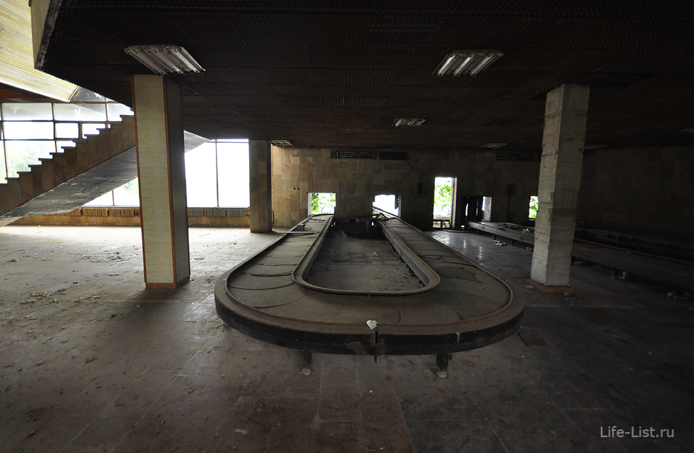 аэропорт Бабушара Сухум транспортная лента заброшка