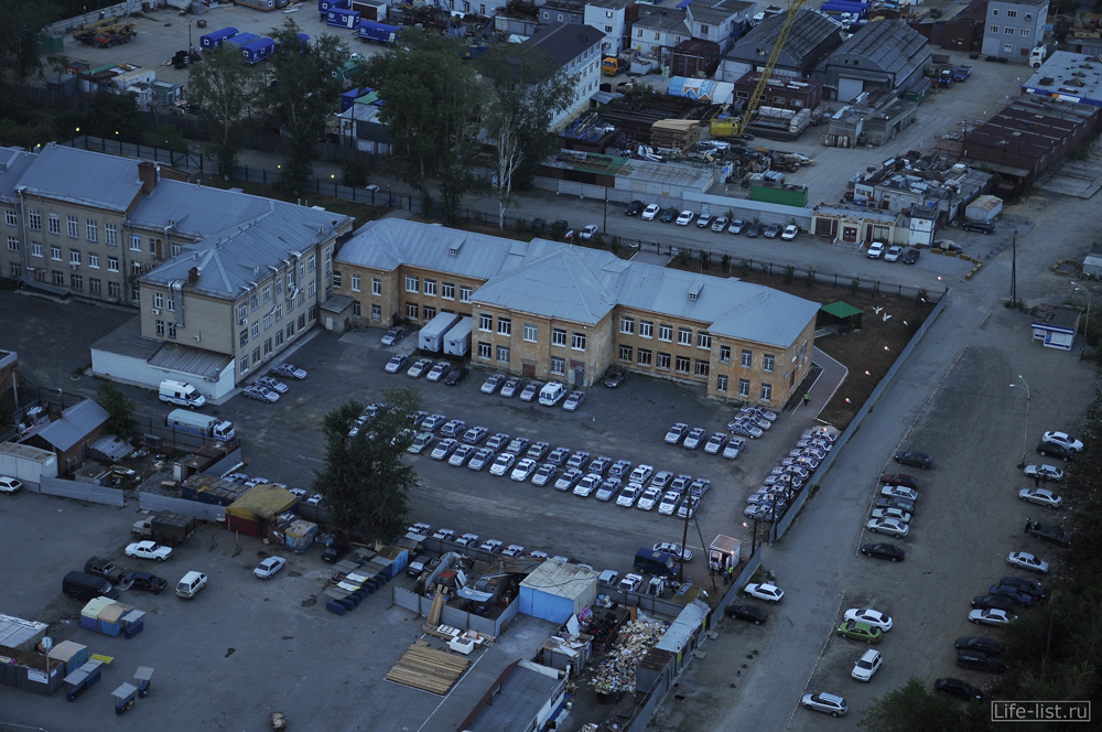 гибдд свердловской области на улице интернационала вид с высоты