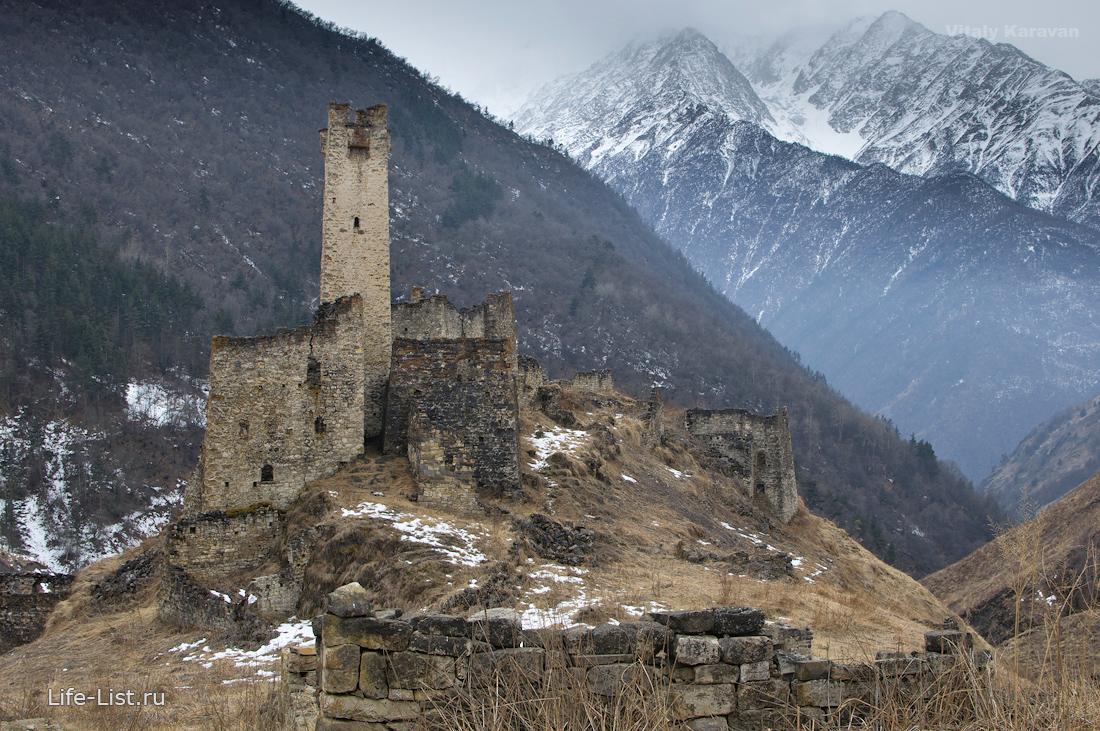 цори древний замок в Ингушетии