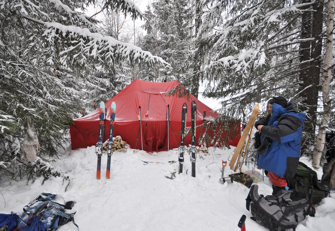 поход с зимнем шатром Южный Урал