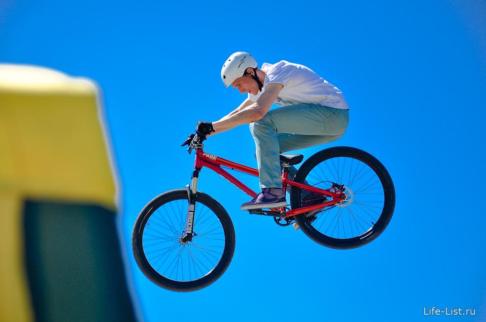 bmx красивые фото полет на велосипеде