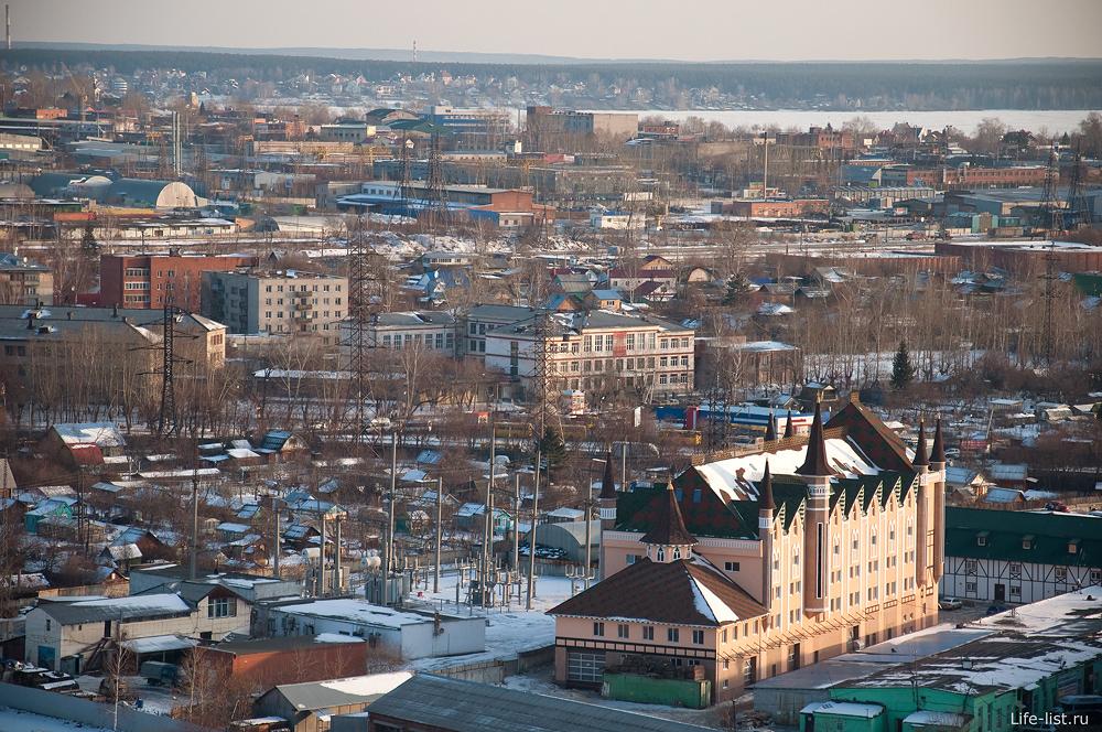 Екатеринбург с высоты замок