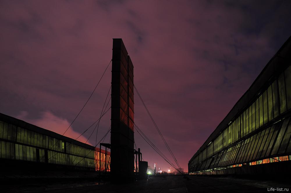 На крыше завода ВИЗ екатеринбург