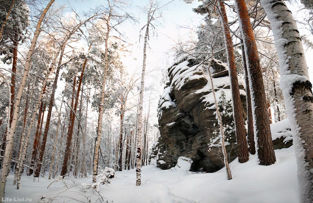 скалы Вороний камень Новоуральск фото Виталий Караван