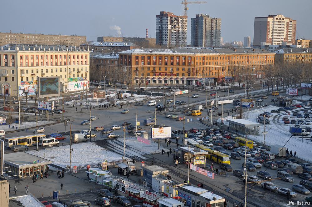 улицы Космонавтов Машиностроителей перекресток