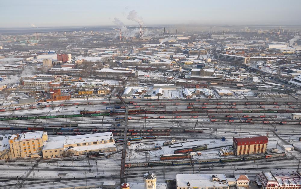 У вокзала пероны Екатеринбург