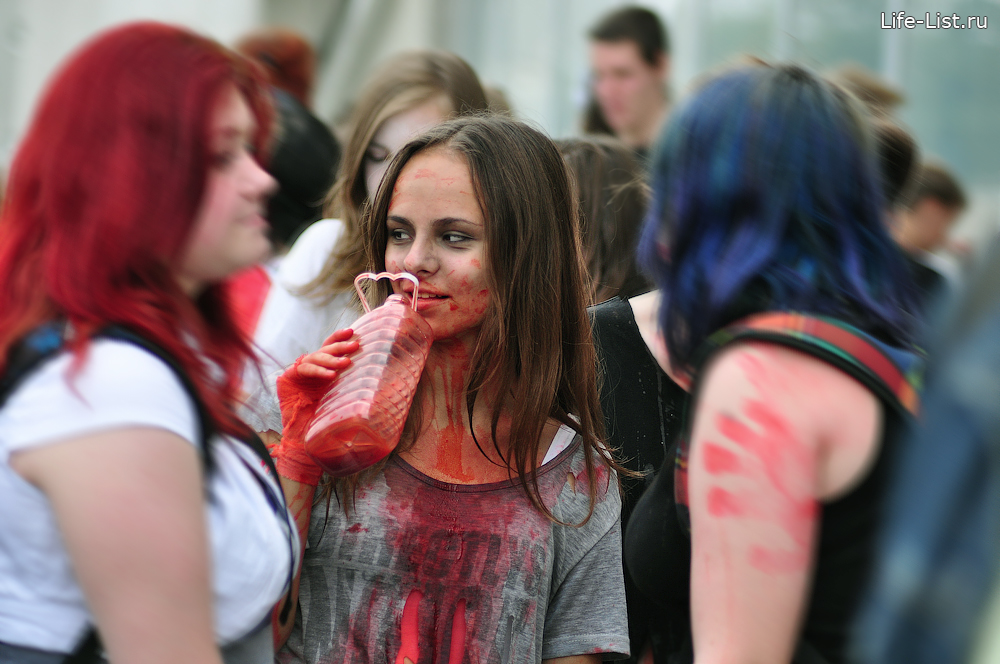 акция Zombie Walk 2013