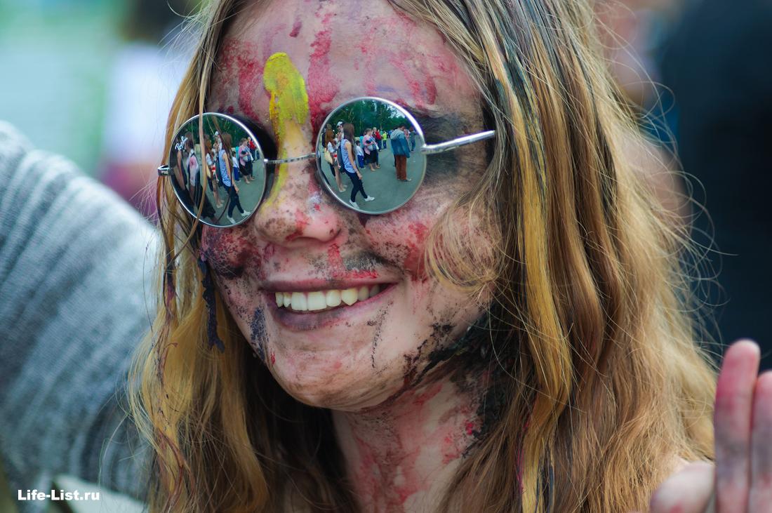 на флешмобе зомби в Екатеринбурге